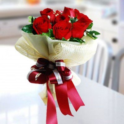 Simple Beauty ( 12 Roses )